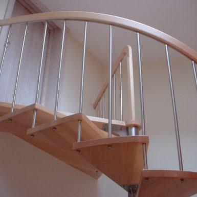 Sraigtiniai sąvaržiniai laiptai