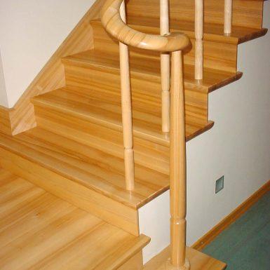 Uždaro tipo laiptai