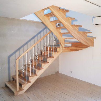 Mediniai laiptai Druskininkuose